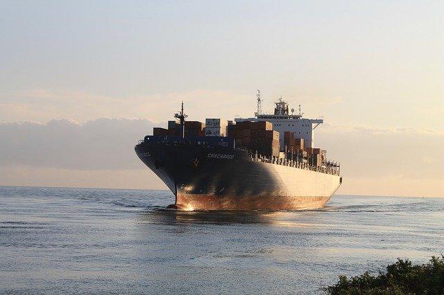 Import z Chin - pośrednik nieocenioną pomocą dla początkujących importerów
